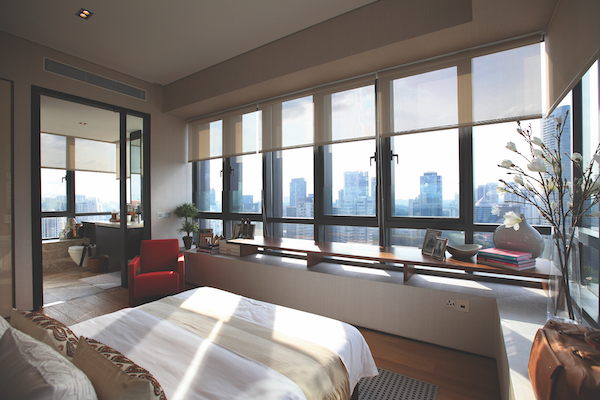 OUE Twin Peaks - Master bedroom with view unblocked view of prime Orchard Road (Photo: Samuel Isaac Chua/EdgeProp Singapore)