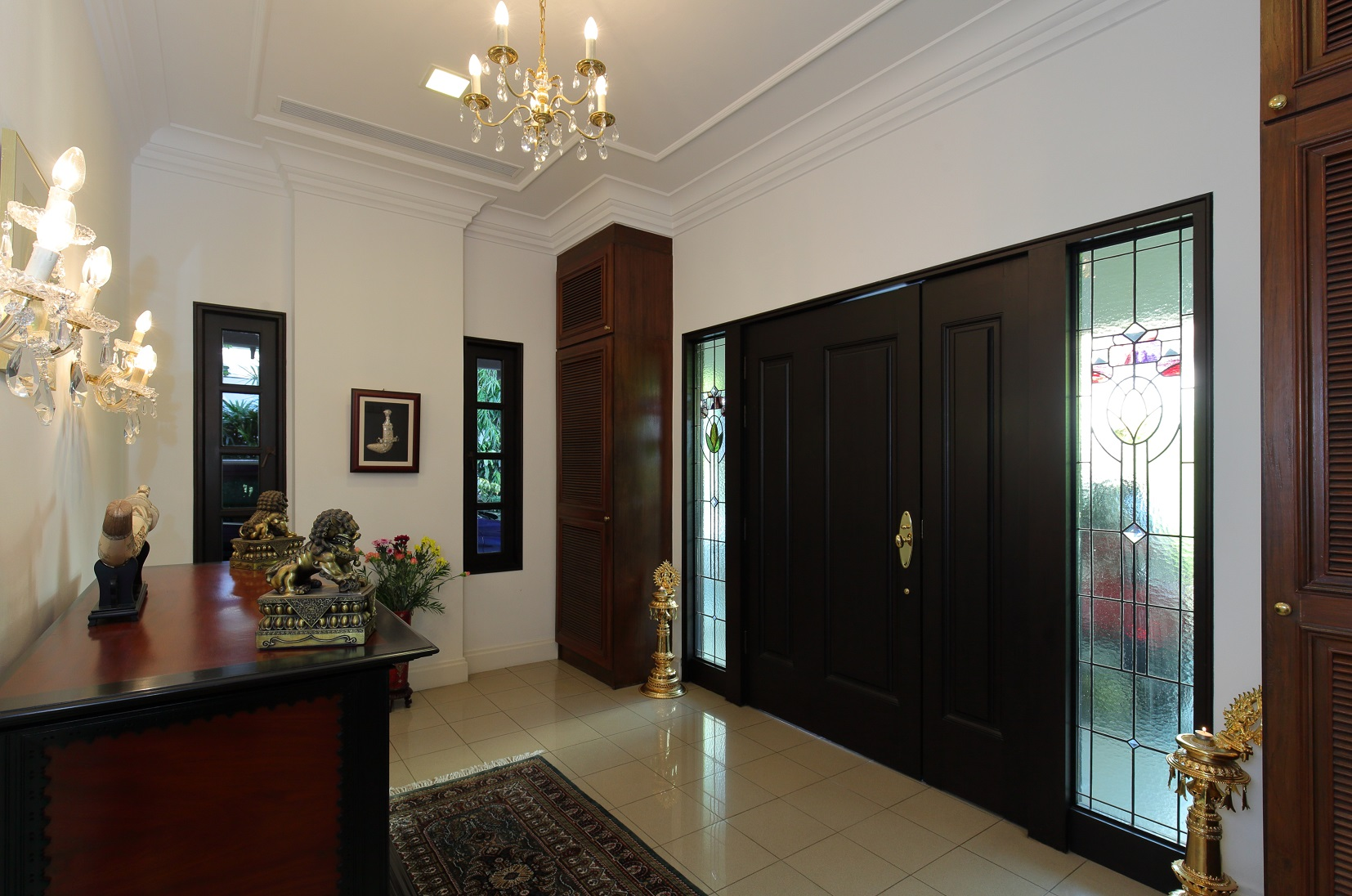 The entrance hall of the house (Photo: Samuel Isaac Chua/EdgeProp Singapore)