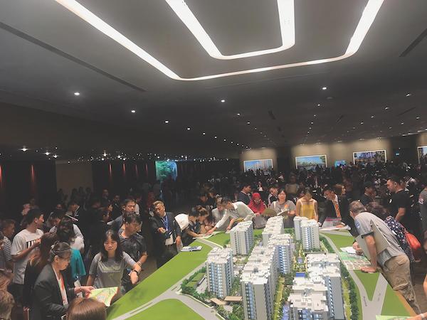 新加坡最大的公寓开发项目聚宝园(Treasure at Tampines)也卖出了最多的公寓单位——2203套单位中有856套已售出 (图片:Sim Lian Group)