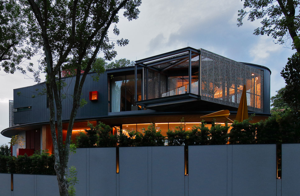 GCB GALLOP PARK - The Good Class Bungalow at  Gallop Park has a curved glass facade