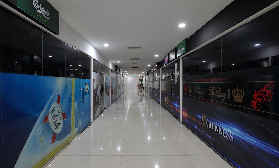 The entertainment zone of the fifth floor of Bugis Cube has been eerily empty as bars and places of entertainment have to remain shut until end April (Photo: Samuel Isaac Chua/EdgeProp Singapore)