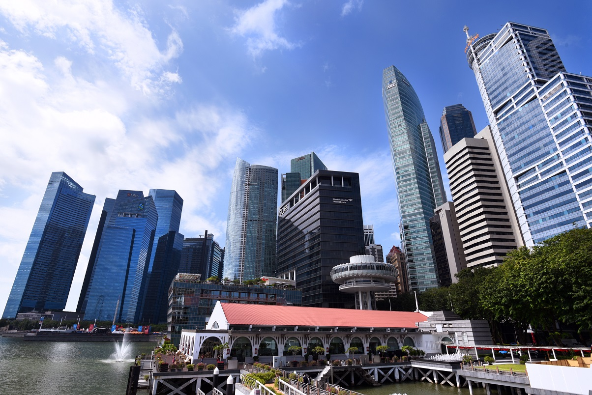 Last year was a strong year for investment sales in office and mixed office developments, which totalled $7.6 billion, a 62% increase y-o-y with heightened investor interest (Photo: Albert Chua/EdgeProp Singapore)