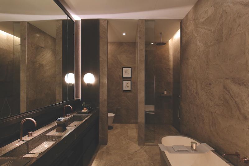 Full marble master bathroom (Credit: Samuel Isaac Chua/EdgeProp Singapore)