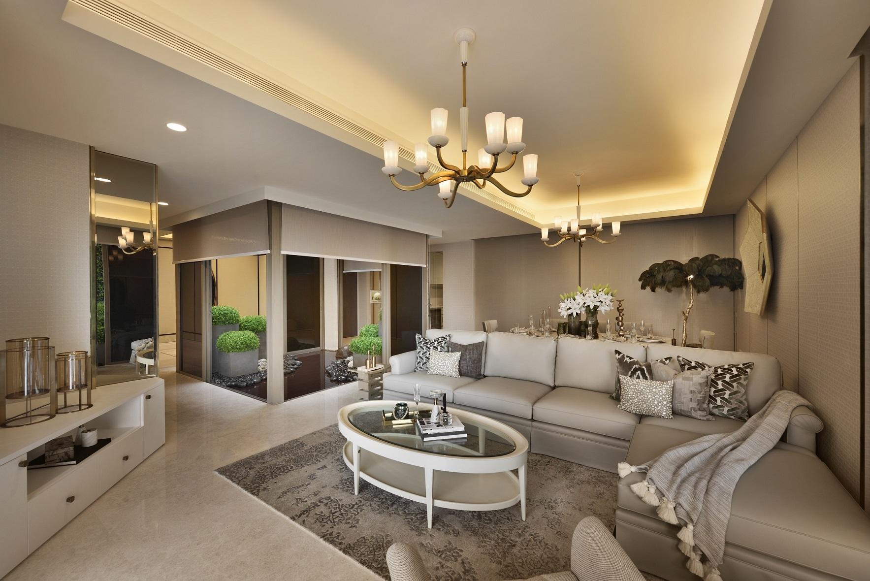 Kri:eit 为Cairnhill Nine设计了在起居室和卧室之间有滑动门的储物单位的概念。