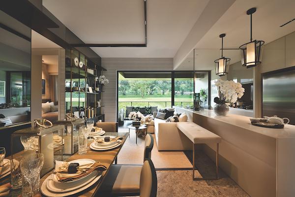 Margaret Ville的单位配有天花板存储空间,以释放宝贵的楼面空间,进一步提高空间使用效率(图片来源: Kri:eit Associates)
