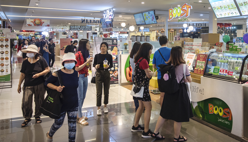 While prime retail rents are not likely to be cut at this juncture, landlords will certainly step up the advertising and promotional efforts to help retailers to tide over this period (Photo: Albert Chua/EdgeProp Singapore)