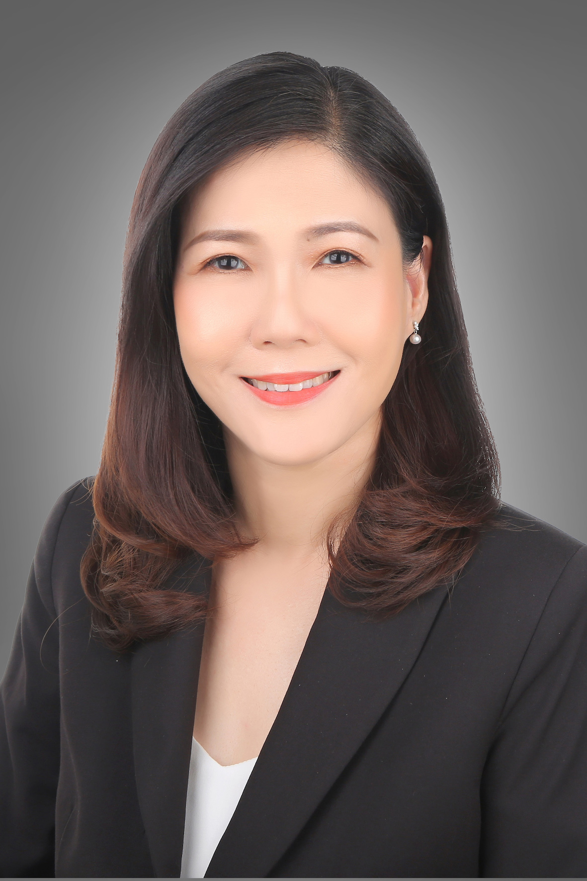 Brenda Ong is the head of the logistics and industrial business for Cushman & Wakefield (Photo: Cushman & Wakefield)
