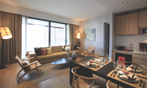 OUE Twin Peaks was the first development to offer fully-furnished apartments with timeless furniture pieces by famous designers such as Hans Wegner, Charles & Ray Eames, Tim Dixon and Matthew Hilton (Photo: Samuel Isaac Chua/EdgeProp Singapore)