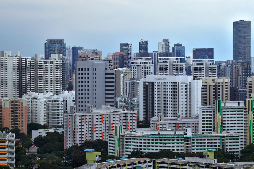 EDGEPROP SINGAPORE - There are a total of 930 eating establishments under HDB's management as at March 2019, but Savills' Yap reckons that only slightly over 400 are available for sale in the open market (Photo: Samuel Isaac Chua/EdgeProp Singapore)