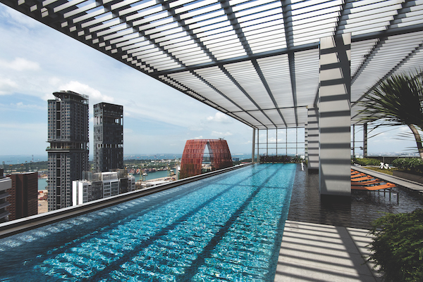 The infinity pool on the 39th floor, one of four floors of facilities exclusive to residents of Wallich Residence (Photo: Albert Chua/EdgeProp Singapore) - EDGEPROP SINGAPORE