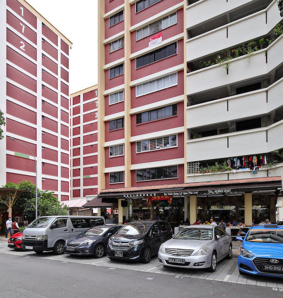 EDGEPROP SINGAPORE - The coffee shop at Yishun Avenue 7 has been held by Loo for more than 10 years (Photo: Samuel Isaac Chua/EdgeProp Singapore)