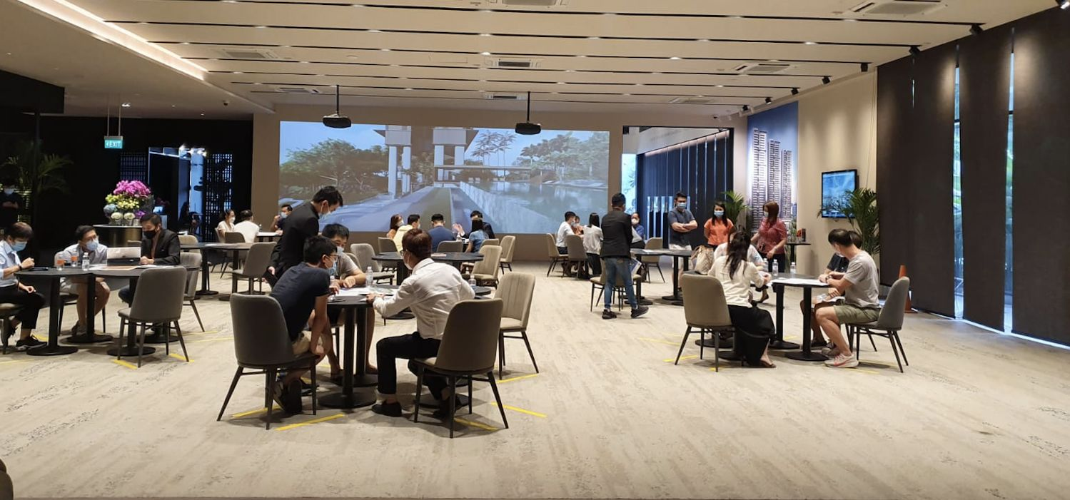 EDGEPROP SINGAPORE - Over 400 people showed up at Stirling Residences sales gallery over the three days, and more than 10 units were sold (Photo: PropNex)