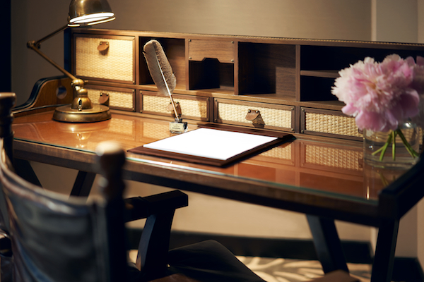 The study desk in the premier room (Credit: Far East Hospitality) - EDGEPROP SINGAPORE