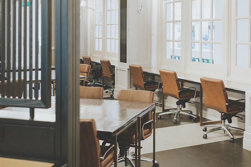 THE GREAT ROOM - Members can find hot desks and hot office spaces at the workhall, where the space is designed based on data and features private phone booths