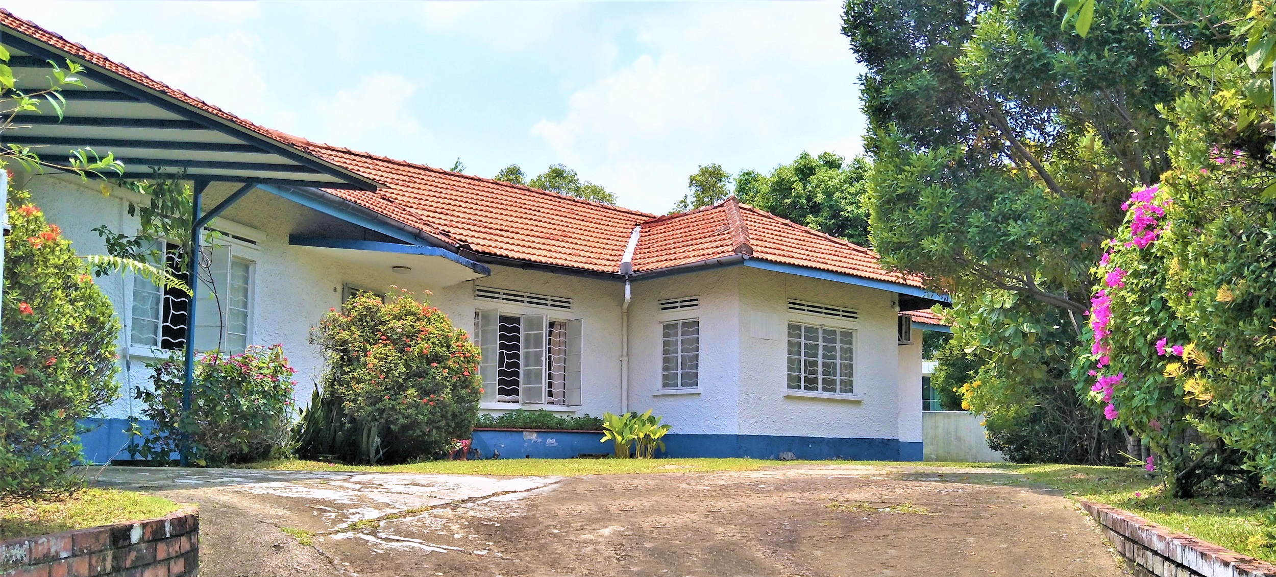The bungalow at Garlick Avenue sits on a site of about 9,221 sq ft (Credit: Knight Frank Pte Ltd) - EDGEPROP SINGAPORE
