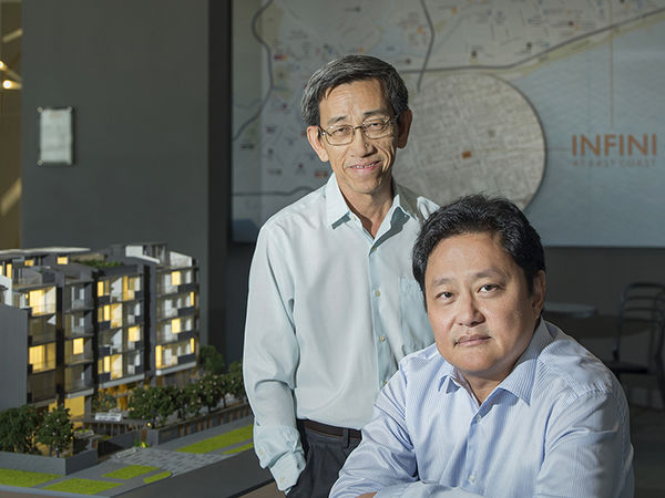 Koh Kian Soo and Gary Tan - Golden Dragon executive chairman Koh Kian Soo (left) says that the project is near good schools and amenities in the Katong area, while COO Gary Tan adds that the project draws home buyers beyond those living in the east (Photo: Albert Chua/The Edge Singapore)