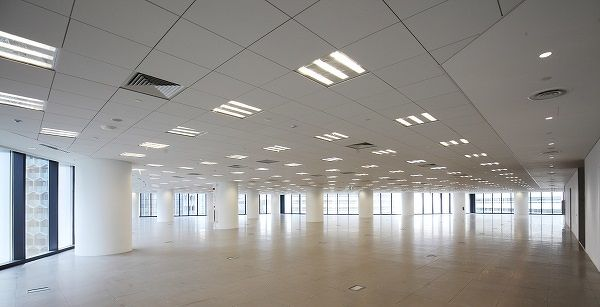 BLD_DUO_TOWER_OFFICE_FLOOR_SPACE_01_SIC 600px