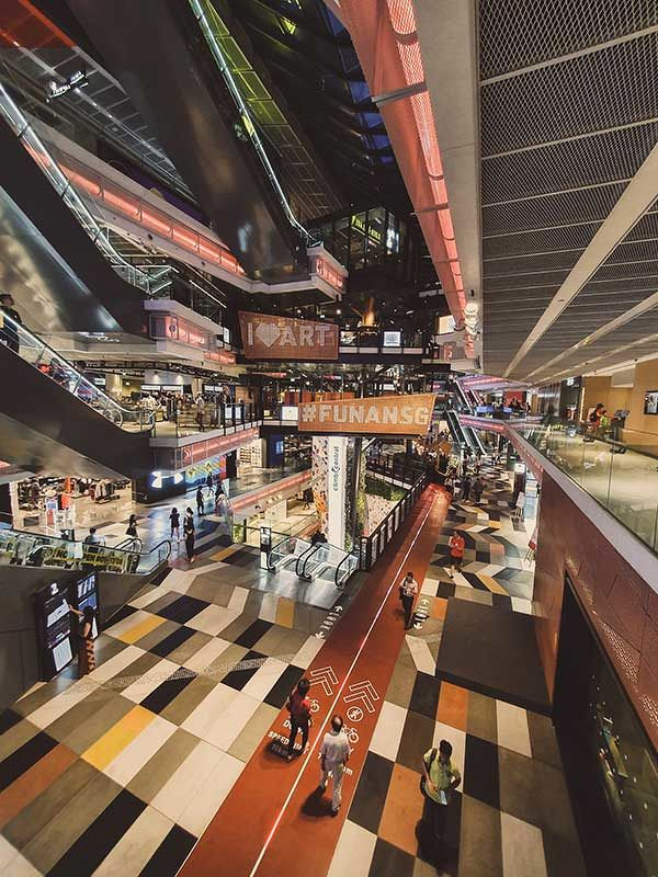 "EDGEPROP SINGAPORE - Funan is one of the malls that offers omni-channel retailing, including ""click and collect"" options (Photo: Unsplash)"
