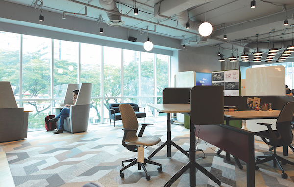 Steelcase has found, through its study of high-performing teams globally, that the modern workforce is now working at a faster pace, and at an increased level of collaboration (Credit: Samuel Isaac Chua/ The Edge Singapore)