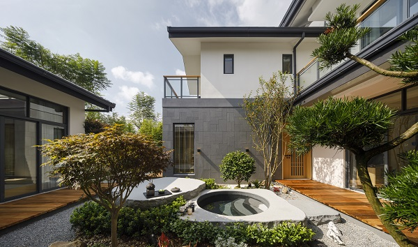 SB Architects was commissioned to design the first, second and third phases of Crescent Hills, which includes villas, apartments, townhouses, and traditional Chinese residences (Credit: SB Architects)