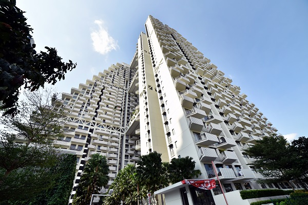 EDGEPROP SINGAPORE - The greatest loss incurred over the week in review was from the resale of a 710 sq ft unit at Sky Habitat in District 20 (Credit: Albert Chua/ The Edge Singapore)