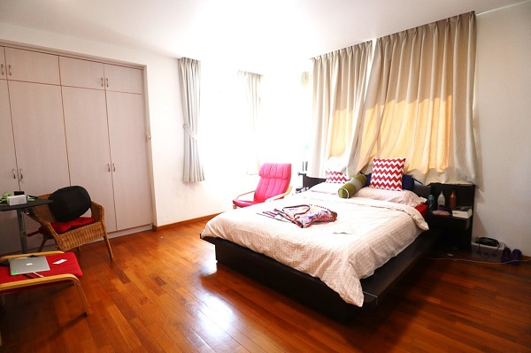 EDGEPROP SINGAPORE -  All three bedrooms have an en suite bathroom, and are large enough to fit in a king-sized bed (Credit: Edmund Tie) - EDGEPROP SINGAPORE