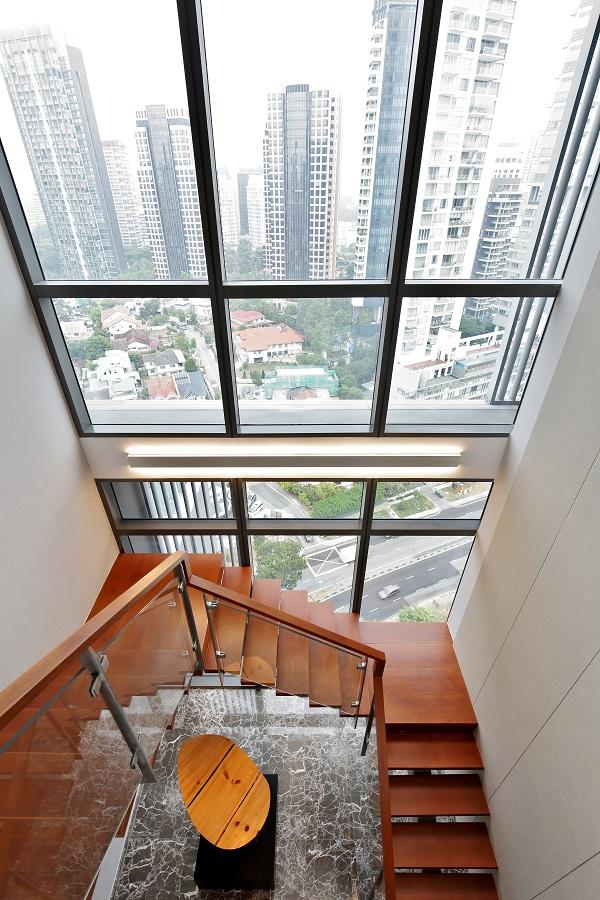 从顶层公寓往下俯瞰的景观(来源:Samuel Isaac Chua/ the Edge Singapore)
