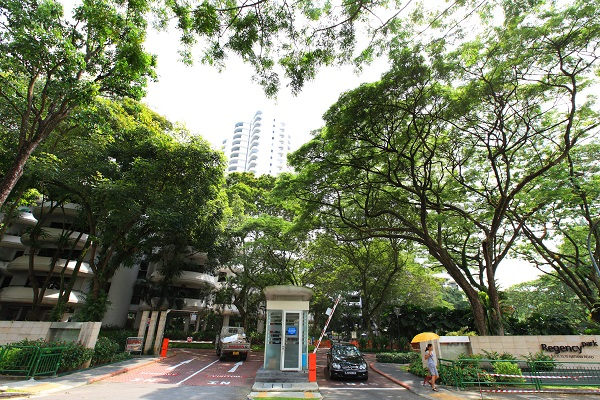 The 3,649 sq ft unit on the 11th floor of Regency Park was bought for $2.68 million ($734 psf) in February 1999 and sold for $6.98 million ($1,913 psf) on Oct 10 (Credit: EdgeProp Singapore) - EDGEPROP SINGAPORE