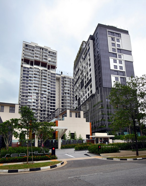 EDGEPROP SINGAPORE -  A pair of two-bedroom units at Seahill, off West Coast Road in Clementi, are on the market at $1.29 million and $1.09 million respectively (Credit: Samuel Isaac Chua/ The Edge Singapore)