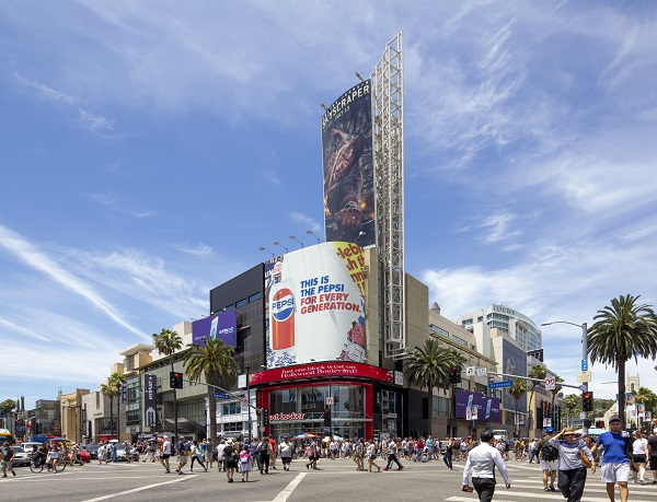 GAW CAPITAL USA - Built in 2001, Hollywood & Highland spans 463,000 sq ft on a 3ha site