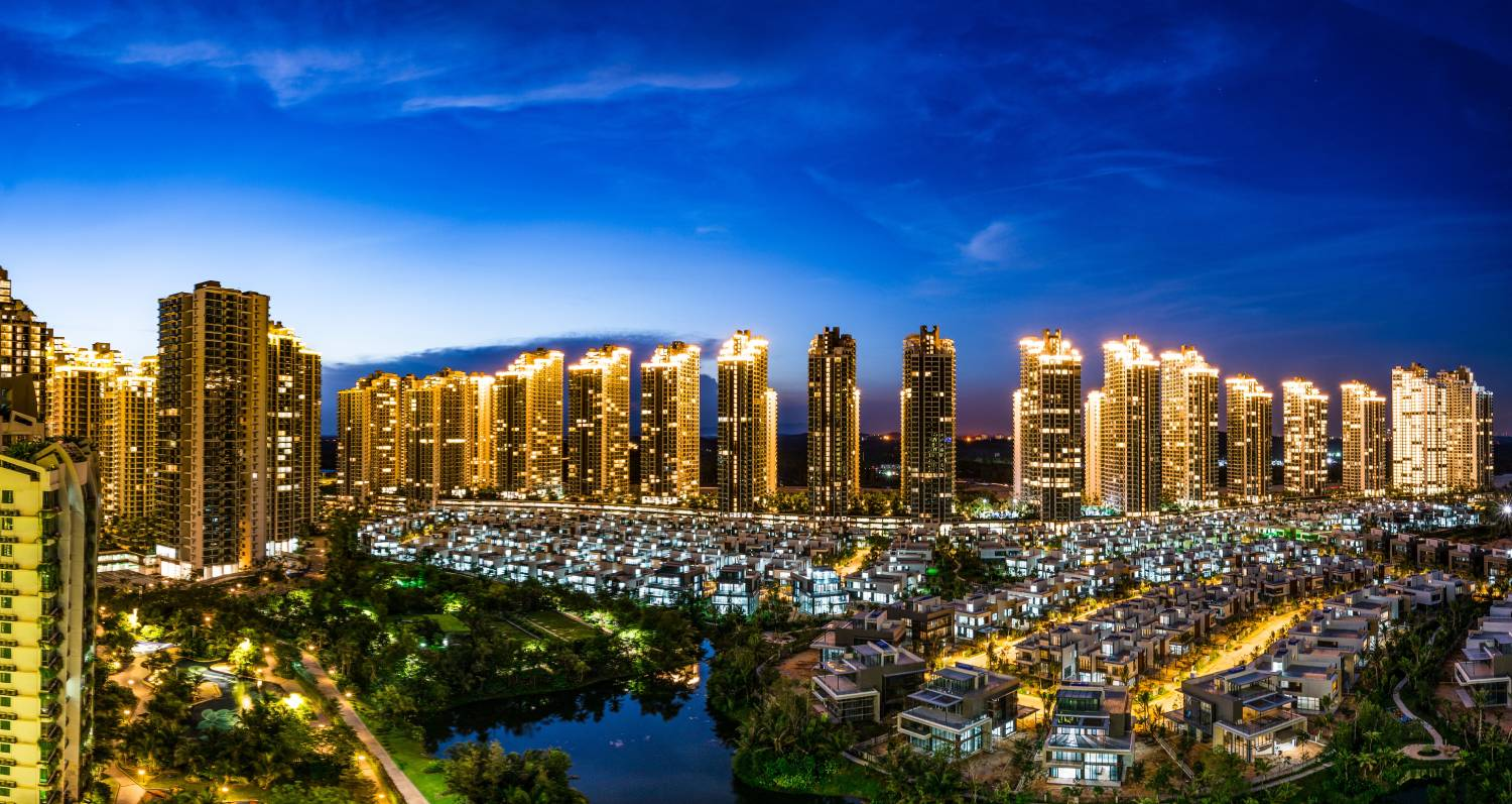 FOREST CITY - Located within the Iskandar special economic zone, Forest City comprises four man-made islands spanning 30 sq km (Credit: Country Garden Pacificview)