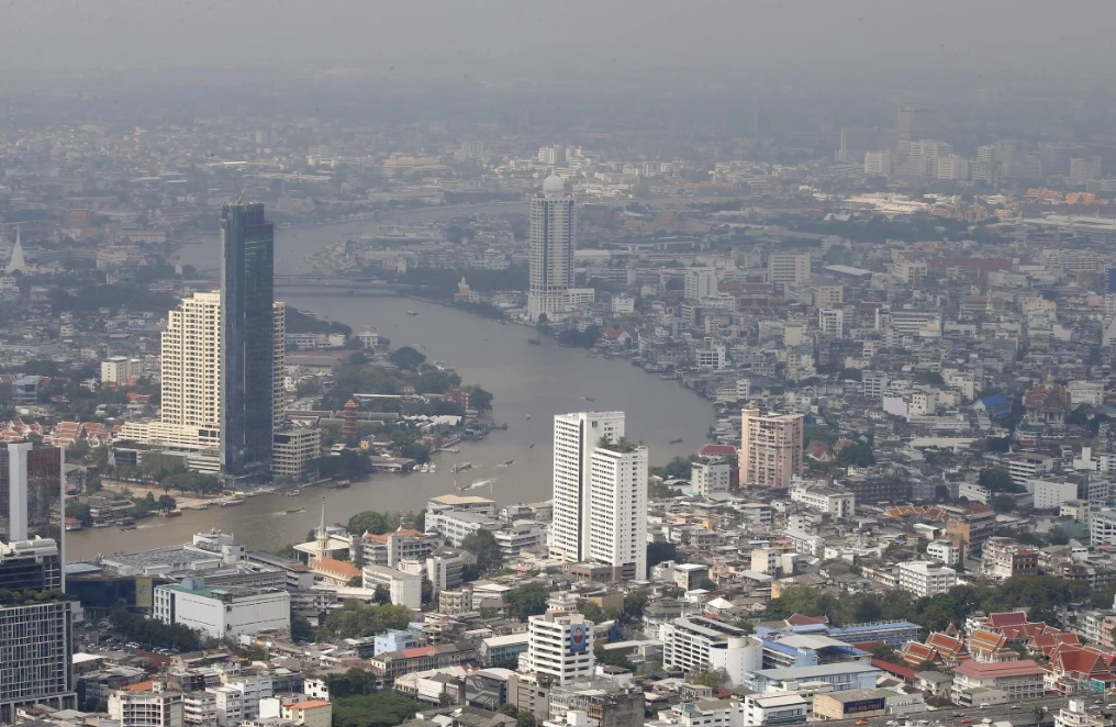 The Chao Phraya river flows through Bangkok, Thailand. Photo: EPA