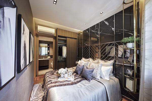 三居室公寓中的卧室套房