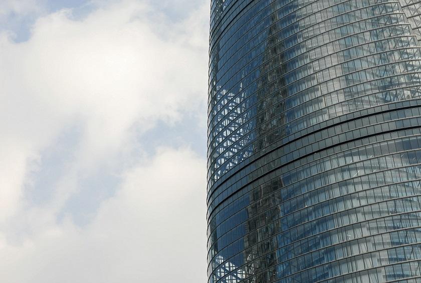 Shanghai Tower's glass facade - EDGEPROP SINGAPORE