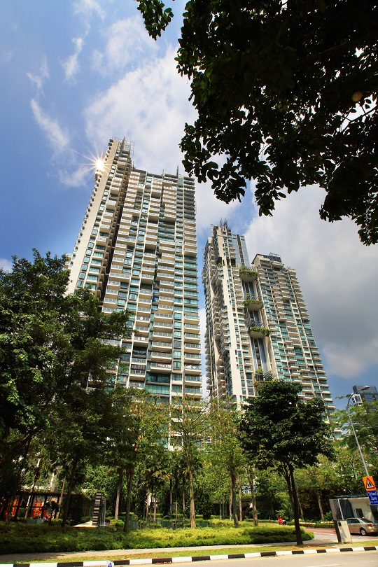RiverGate is a freehold development beside the Singapore River that was completed in 2009. Find the most affordable listing in the project at edgepr.link/RiverGate