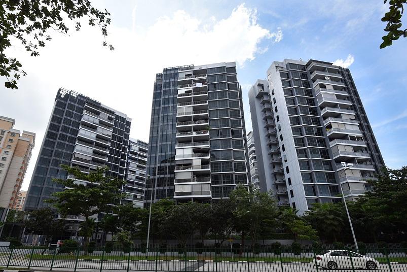 Exterior of three of eight blocks at Parc Centros