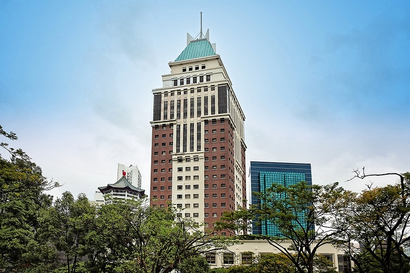 FAR EAST HOSPITALITY - Orchard Parksuites on the bustling Orchard Road shopping belt