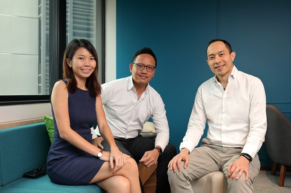 SpaceSense co-founders Eunice Ooi, Joe Kwan (middle) and Steven Ming launched their start-up to help SMEs with their corporate leasing needs (Picture: Samuel Isaac Chua/The Edge Singapore)
