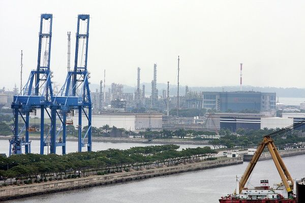 Factory rents could experience a steeper decline against a backdrop of supply chain disruptions, but warehouse rents are likely to be partially cushioned by a limited supply pipeline. (Picture: Samuel Isaac Chua/The Edge Singapore)