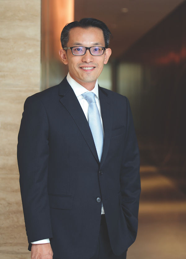 EDGEPROP SINGAPORE -  Leong: Just like SARS and H1N1, Covid-19 has sent the private home market into a 'pause' mode, especially with movement controls. (Picture: Samuel Isaac Chua/The Edge Singapore)