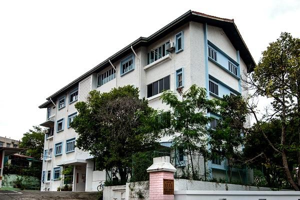 1月9日,位于樟宜路上段的Peakview Estate的一套四居室公寓以$134万的价格售出(图片来源:Albert Chua / The Edge Singapore)