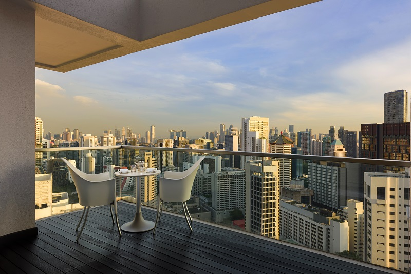 THE ARC AT DRAYCOTT - The penthouse offers 360-degree views and faces Orchard Road and farther away, Marina Bay Sands
