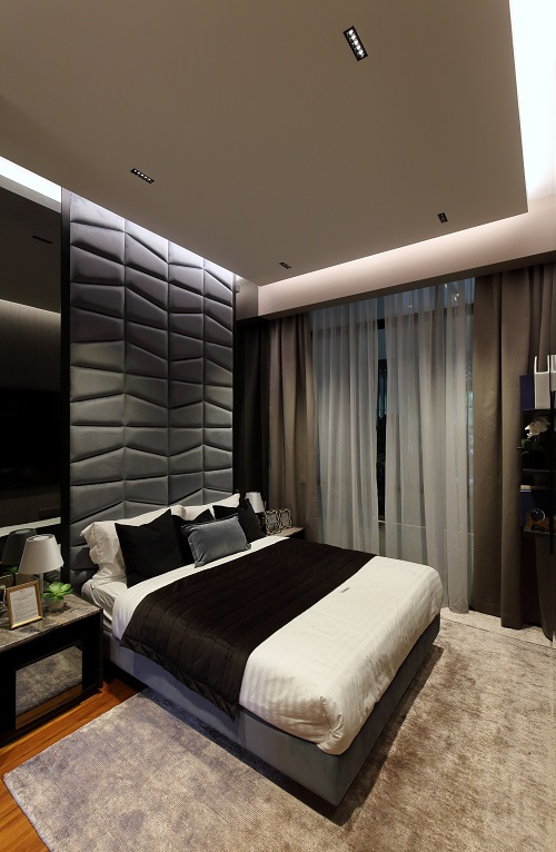 35 GILSTEAD - The master bedroom of the three-bedroom unit at the 35 Gilstead showflat - EDGEPROP SINGAPORE