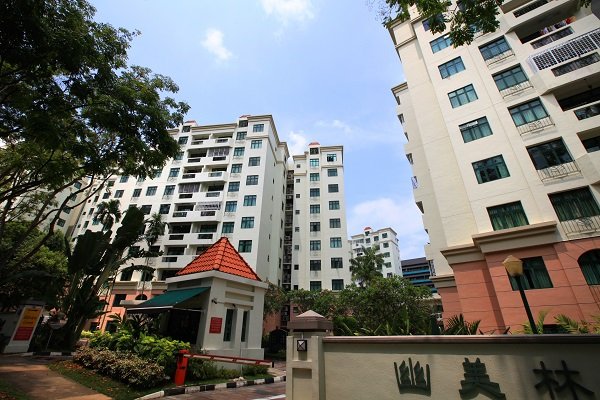 A 1,281 sq ft, three-bedroom unit at Hillview Green fetched $1.35 million on Jan 7. (Picture: Samuel Isaac Chua/The Edge Singapore)
