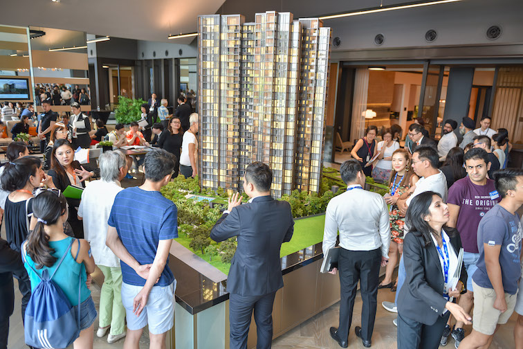 MEYER MANSION - The crowd on first day of preview at Meyer Mansion (Photo: GuocoLand) - EDGEPROP SINGAPORE