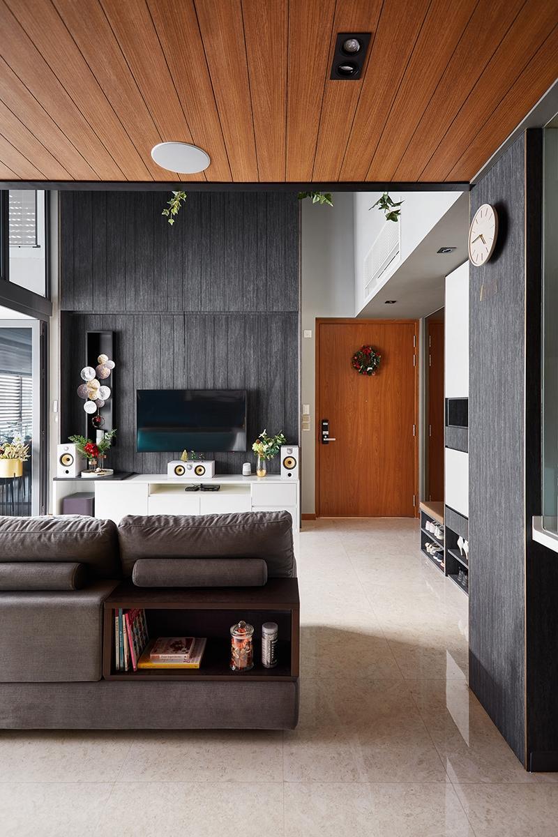black n white haus urban oasis mod-industrial home