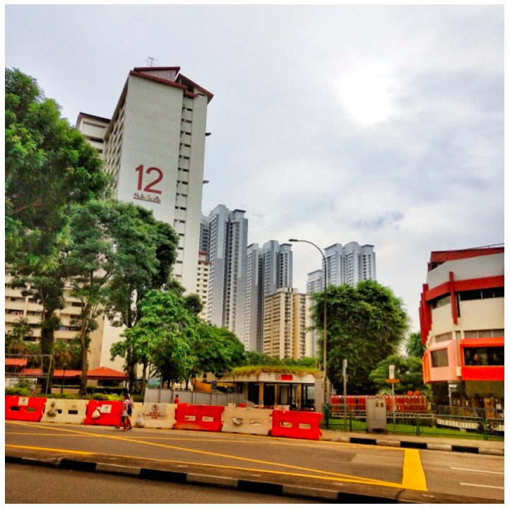 HDB Blocks Holland Village - The HDB blocks in Holland Drive are within walking distance of the MRT station, cafes, convenience stores, supermarkets, and wet markets.