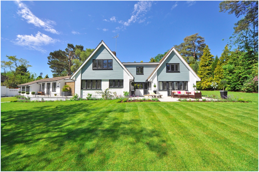FENG SHUI - Before you step inside to view the home's interior, take a look at its exterior first