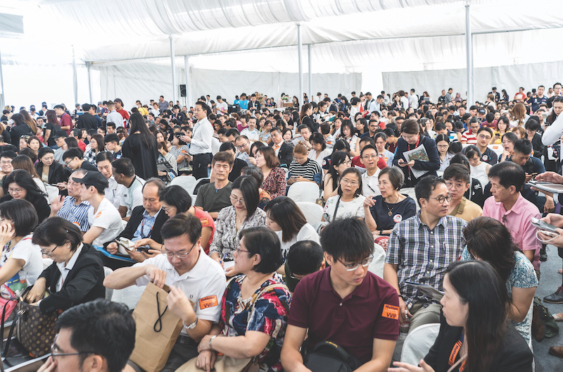At Parc Clematis on balloting day, where 68 of 364 units sold were snapped up by foreign buyers (Photo: SingHaiyi Group)