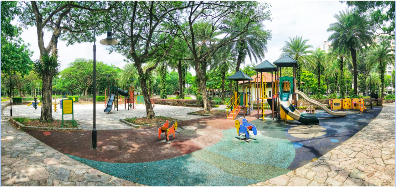 CHOA CHU KANG - Choa Chu Kang Park has extensive and shaded play areas for kids of different ages, from toddlers to older children